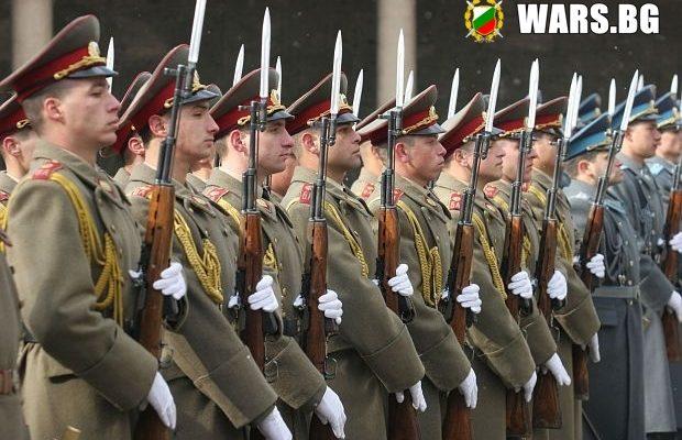 Българската армия изпитва остра нужда от военнослужещи