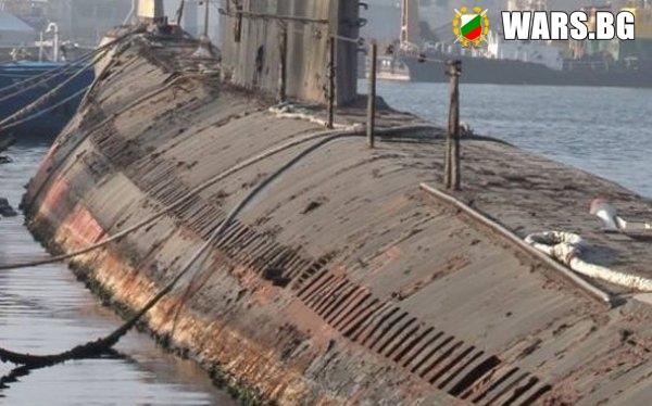 """Последната българска подводница """"Слава"""" потъва в ръжда край Варна"""