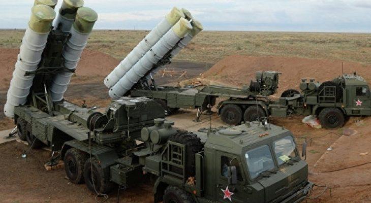 """Въздушната отбрана на Москва бе подсилена с нови С-400 """"Триумф"""" (ВИДЕО)"""