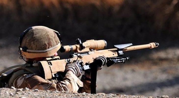 """Невероятна история: Снайперист ликвидирал трима терористи от """"Ислямска държава"""" само с един изстрел"""