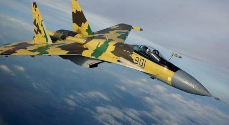 Изтребител Су-35С изпълни за първи път уникални фигури от висшия пилотаж (ВИДЕО)
