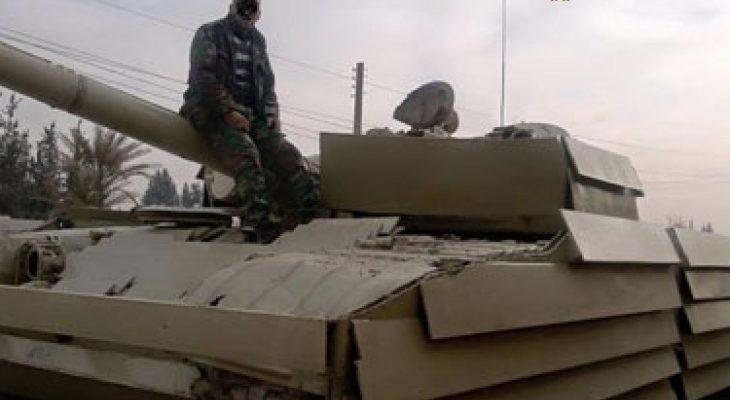 Зрелищно ВИДЕО: Танк Т-72 на сирийската армия издържа на пряко попадение от ПТУР