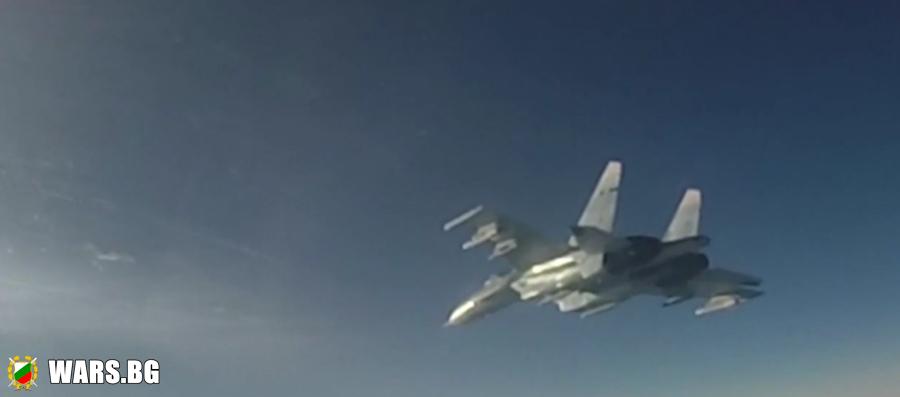ВИДЕО: Изстрелване на ракета въздух-въздух от изтребител Су-35