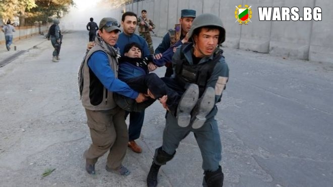 Гореща точка! Мощен взрив с много жертви и ранени в Кабул