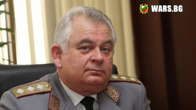 Бившият шеф на разузнаването е осъден на 15 г. затвор