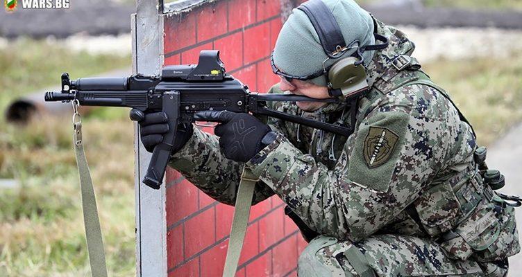 """Руският """"Витяз"""" се нареди сред петте най-добри картечни пистолета в света"""