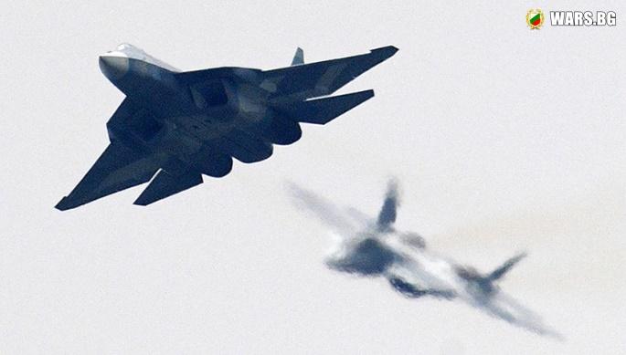 ВИДЕО: Дрон засне два изтребителя Су-57, маневриращи преди удар срещу вражески обект