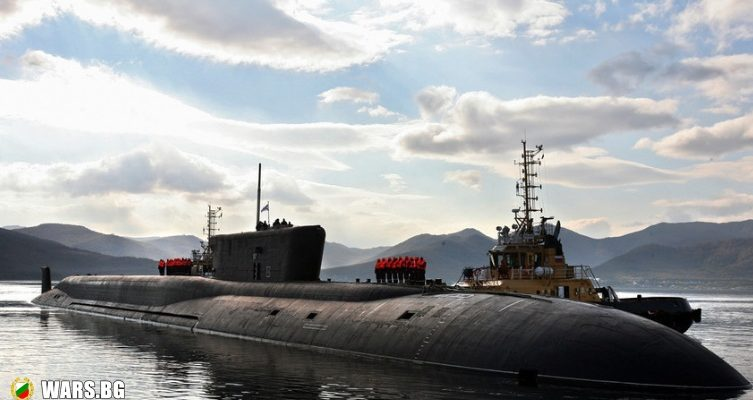 Руска атомна подводница разби арктическия лед с торпедо
