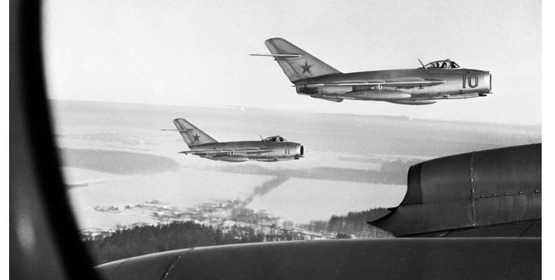 Корейската война: как МиГ-15 сложи край на небесното господство на САЩ