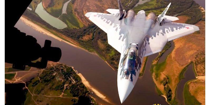 Представиха най-новия изтребител Су-57 пред премиера на Малайзия