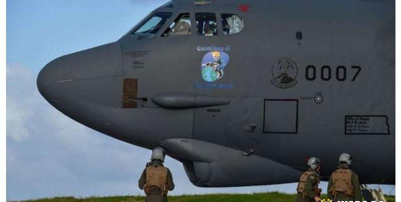 CNN: САЩ изпратиха в Европа бомбардировачи, които могат да носят ядрено оръжие, като предупреждение към Русия