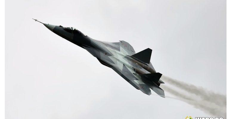 """Летец-изпитател: Руският изтребител Су-57 ще управлява """"ято"""" безпилотни летателни апарати"""