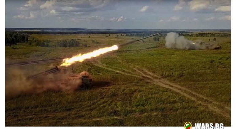 """ВИДЕО: Ракетата """"Ураган"""" унищожи """"терористичен"""" завод за производство на оръжия"""
