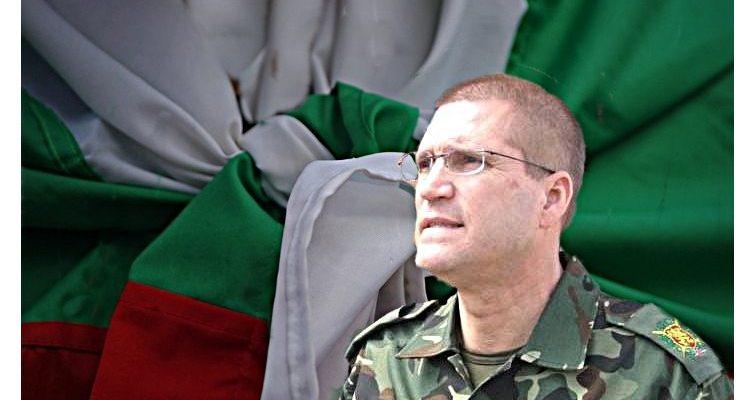 Николай Цонев: Честит празник, господа офицери!