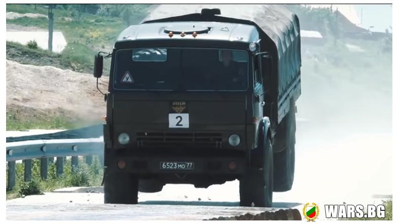 Военно рали: Екстремно каране на тежки руски военни камиони (ВИДЕО)