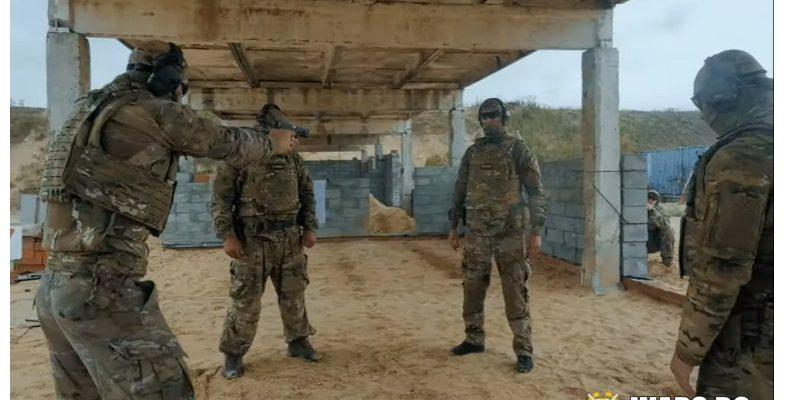 ВИДЕО: Руски спецназовци стрелят един срещу друг от упор