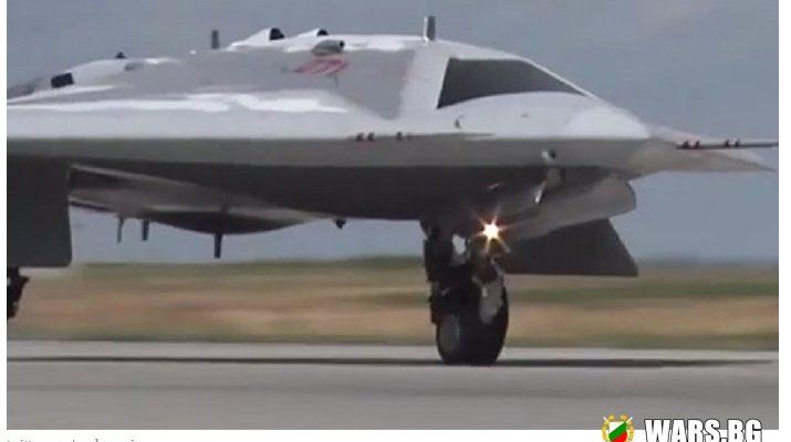 """ВИДЕО: Руските военни показаха първия полет на ударния дрон """"Охотник"""""""