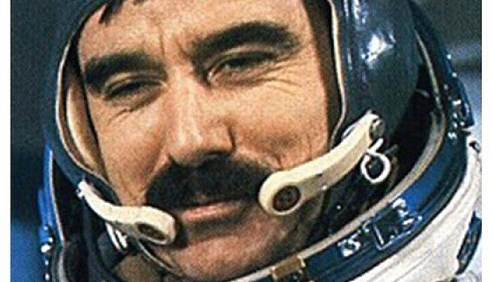 Човекът, който изведе България в Космоса