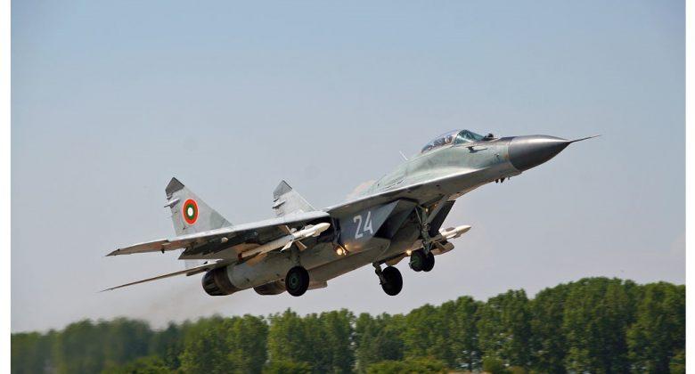 Как преди 30 години СССР ни подари 22 изтребителя МиГ-29