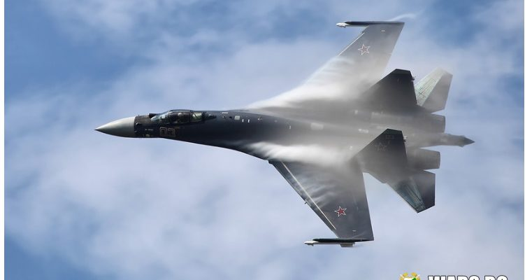 Различни роли: американски експерти сравниха Су-35 и МиГ-35
