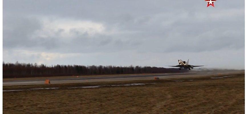 ВИДЕО: Вижте полет на стратегически бомбардировачи Ту-22М3 над Черно море