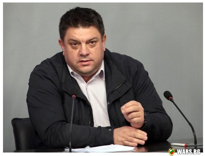 Атанас Зафиров: Трите най-големи проблема в българската армия са некомплект, модернизация и корупция