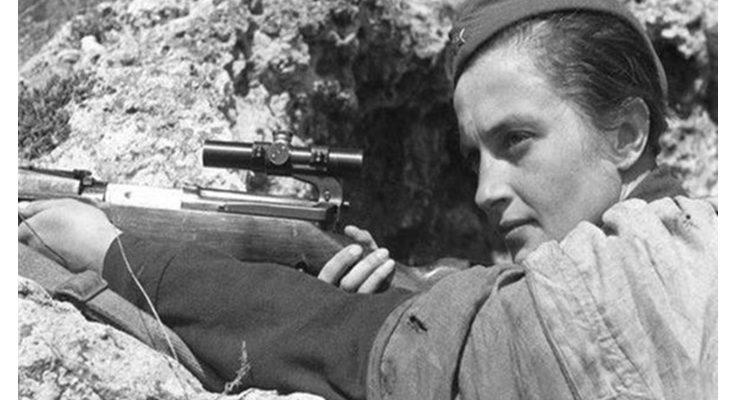 Руската снайперистка, разтърсила САЩ с укора: Джентълмени, вие твърде дълго се криете зад моя гръб (ВИДЕО)